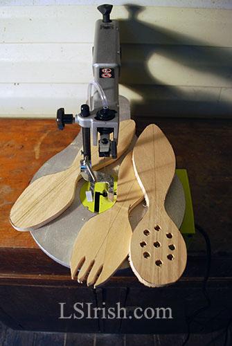 Cross crafting seminar cutting a wooden spoon lsirish